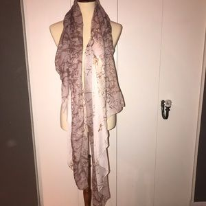 """🧣4/ $20 Pink and brown """"branch"""" print scarf"""
